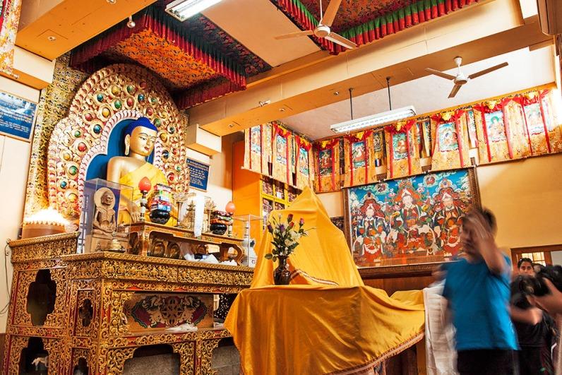 Buddham Sharnam Gachami!